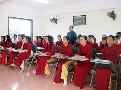 Học trung cấp du lịch cấp tốc 8 tháng có bằng nhanh