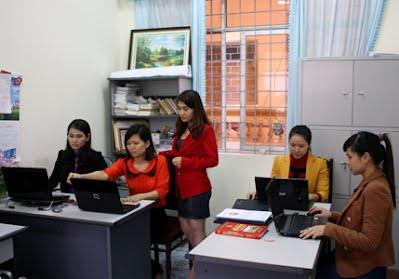 Học trung cấp văn thư lưu trữ, có bằng nhanh thi công chức
