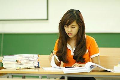 Học trung cấp thư viện thiết bị trường học