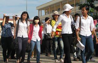 http://thongtintuyensinh.dongdoctm.edu.vn/tin-giao-duc/thoi-tiet-kho-chiu-trong-ky-thi-dai-hoc-dot-1-2014-nhung-dieu-thi-sinh-can-luu-y